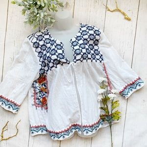 JOHNNY WAS • tie front embroidered blouse